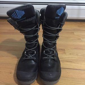 Palladium Snow Boots